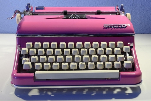 Pink typewriter by kruemi on flickr